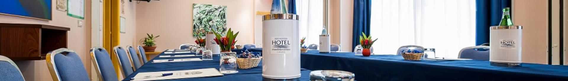 Hotel Mediterraneo, Hotel 3 star hotel in Catania, has equipped meeting rooms for your conferences