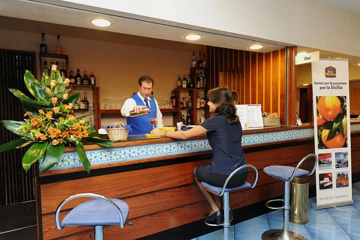 Snack bar all'Hotel Mediterraneo, albergo 3 stelle in centro Catania